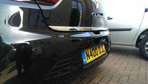Renault Clio fitted with Steelmate PTSC1 parking sensors