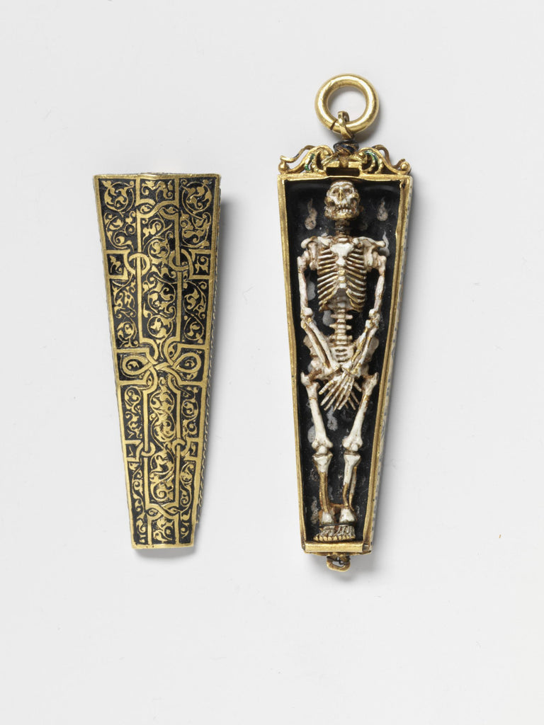 The Most Gothic Jewellery of All: Memento Mori