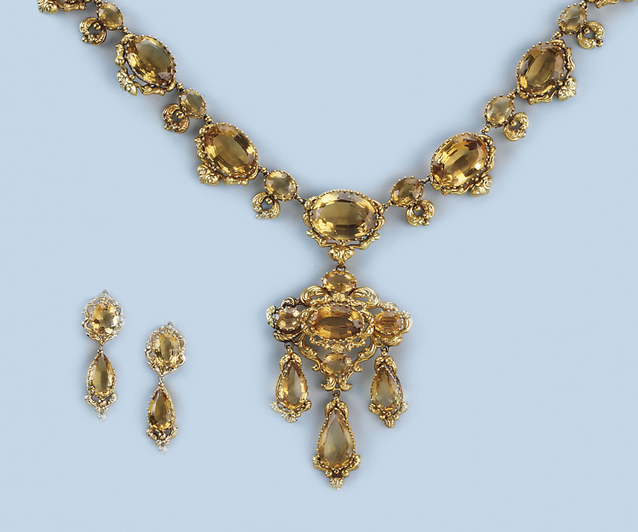 A set of antique citrine necklace and earrings