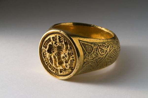 Sir Walter's ring