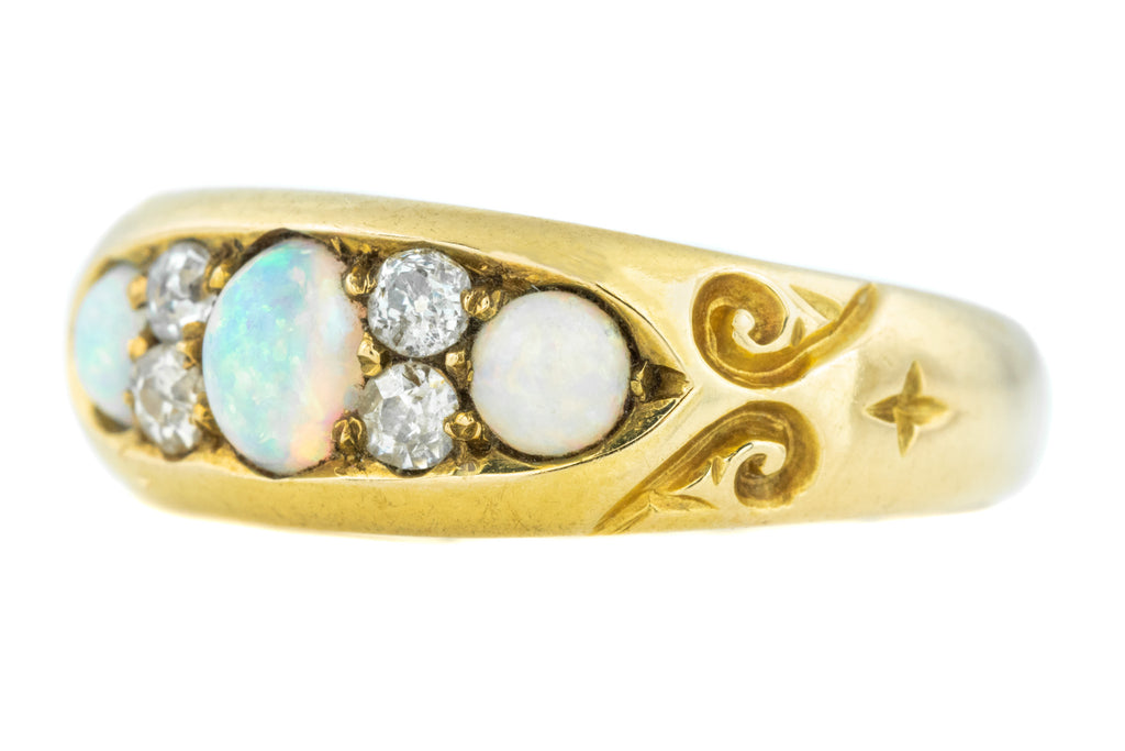 Antique 18ct Gold Opal Diamond Ring c.1898