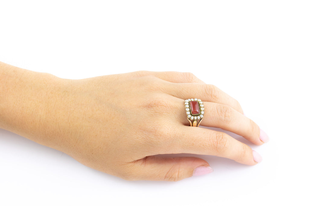 Georgian 18ct Gold Cluster Ring with Carnelian & Pearls c.1820
