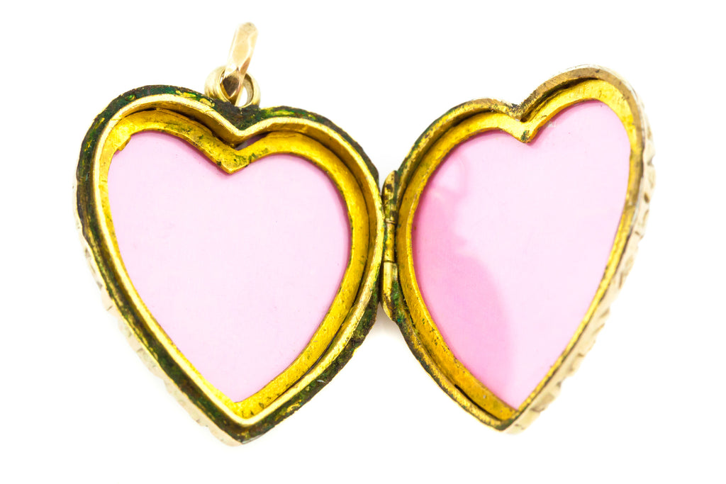 Antique Gold Heart Locket with 18