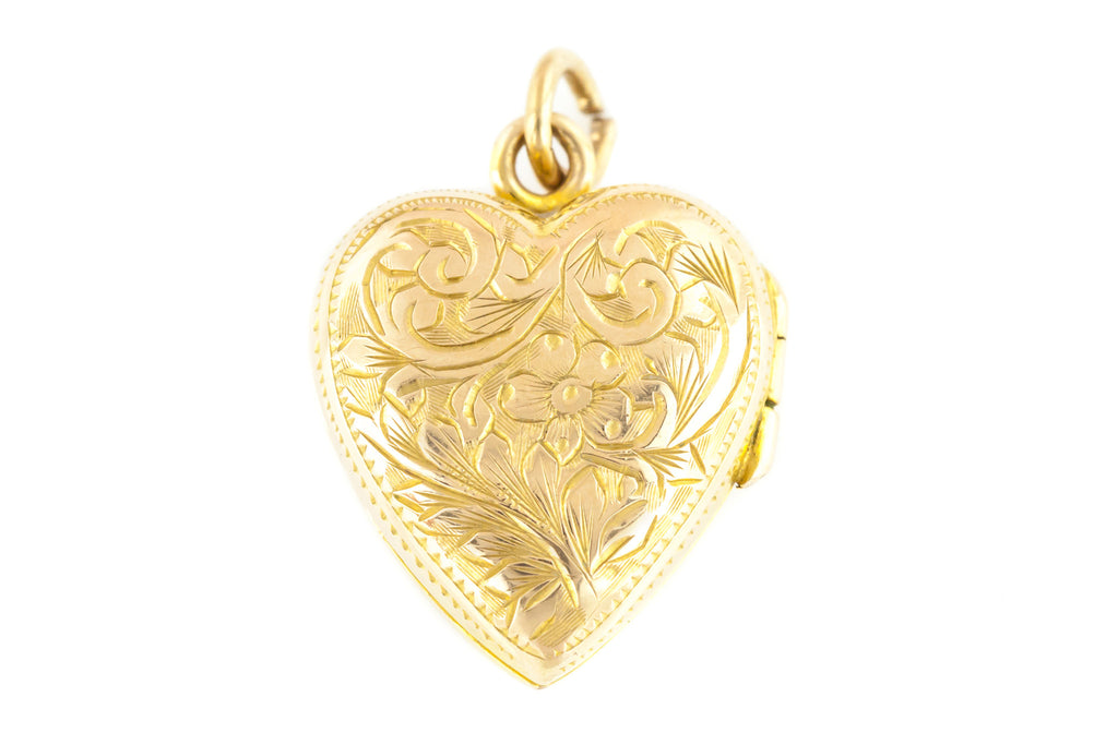 "Vintage 9ct Gold ""Puffy"" Heart Locket with 16"" Chain c.1948"