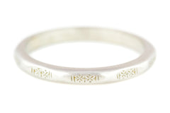 Pretty Faceted Art Deco Platinum Wedding Band c.1920