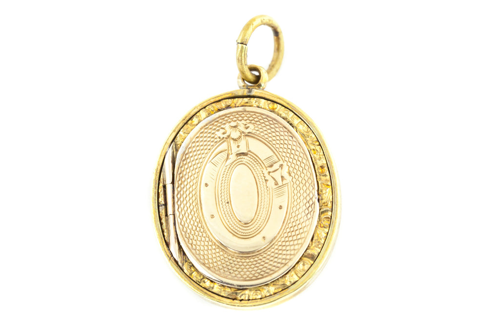 Rare Victorian 9ct Gold Locket with Buckle Motif c.1840