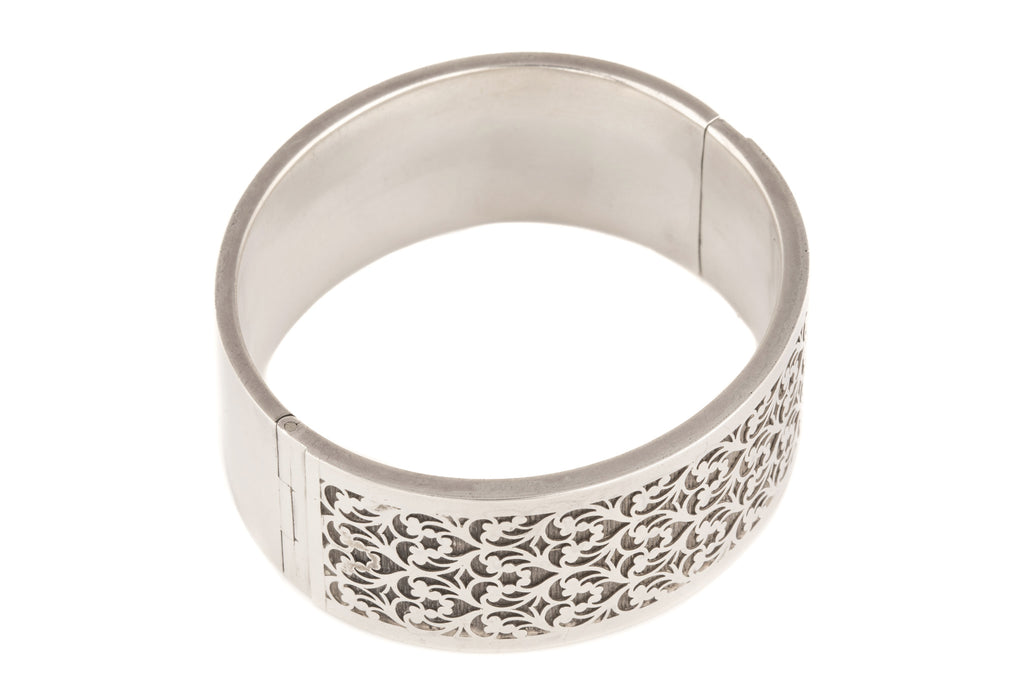 Victorian Sterling Silver Pierced Bangle