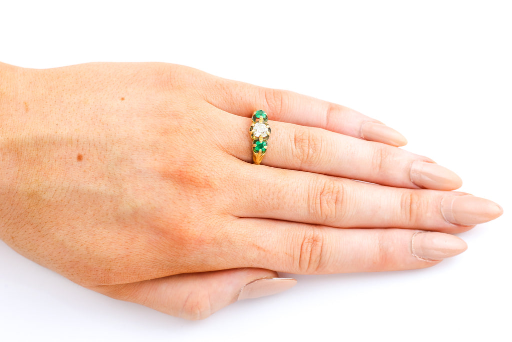 18ct Gold Antique Emerald & Diamond Trilogy Ring (0.55ct)