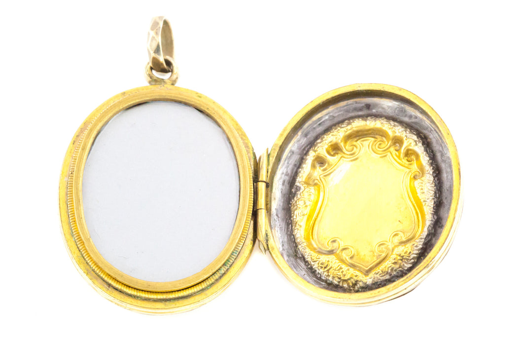 Antique Forget-Me-Not 9ct Gold Oval Locket