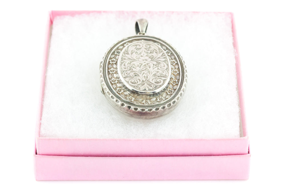 Antique Silver Locket - Double Sided Victorian Aesthetic Locket