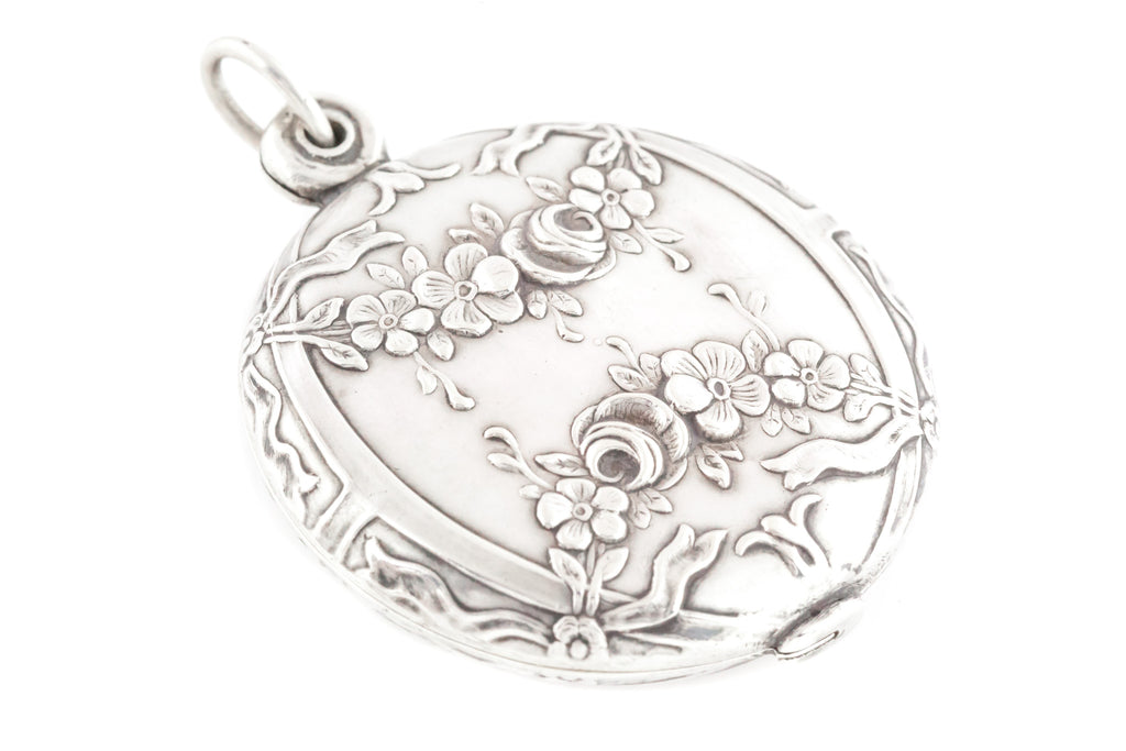 French Art Nouveau Silver Locket with Repousse Flowers c.1890
