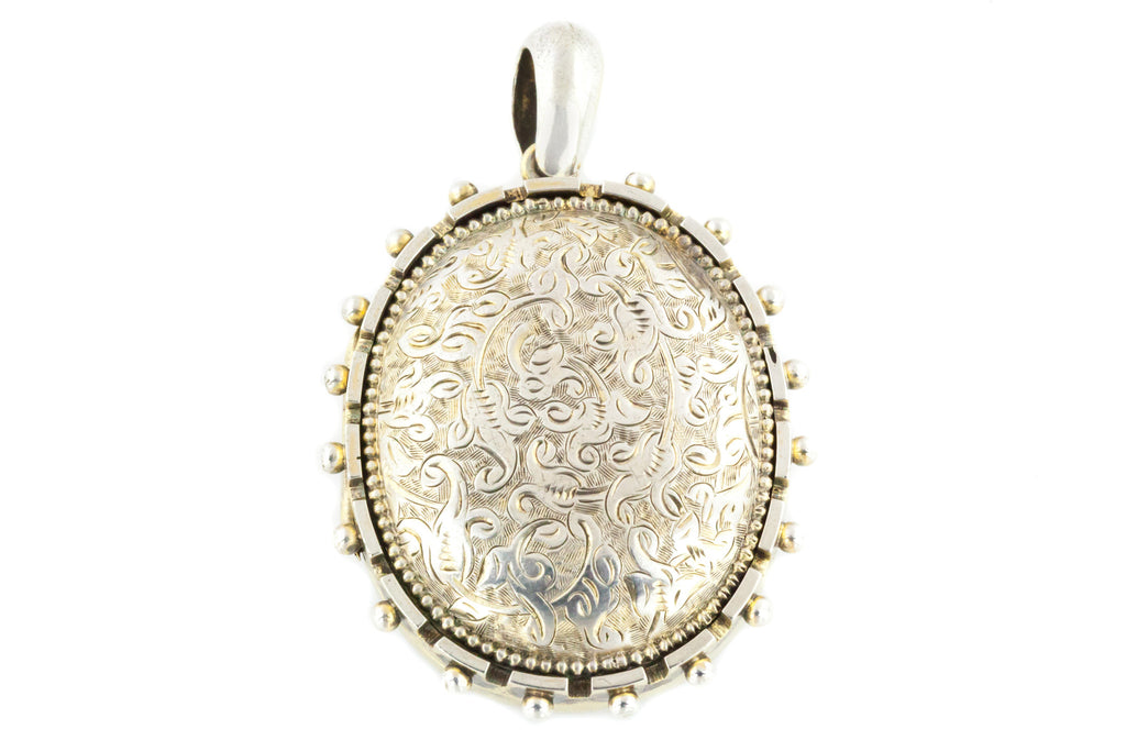 Victorian Aesthetic Large Locket with Beaded Edge