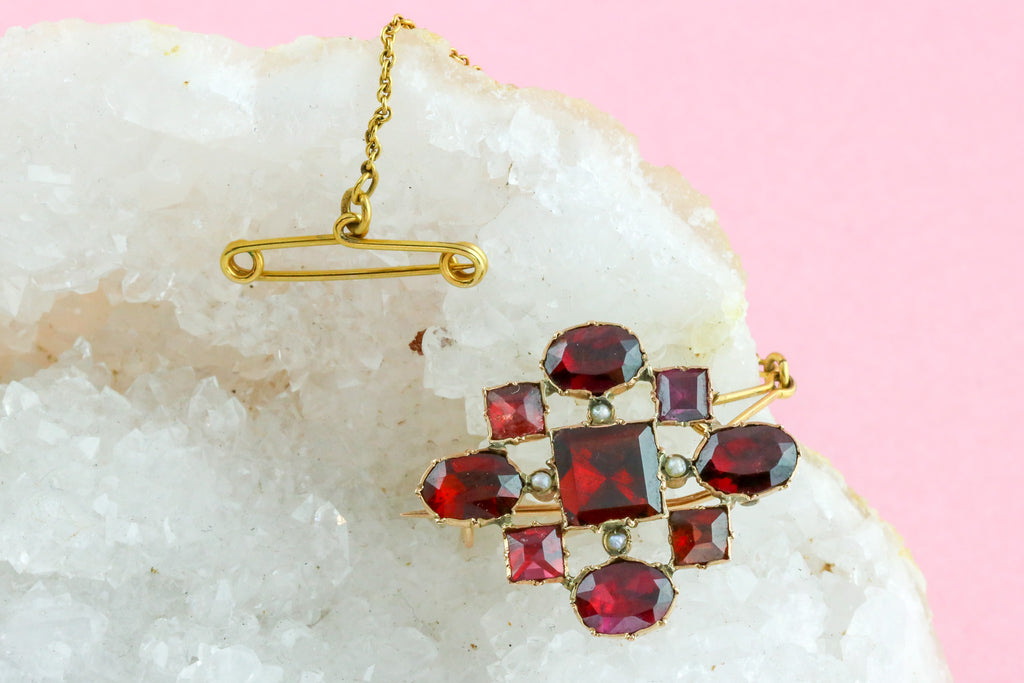 Georgian Foiled Garnet and Seed Pearl Brooch