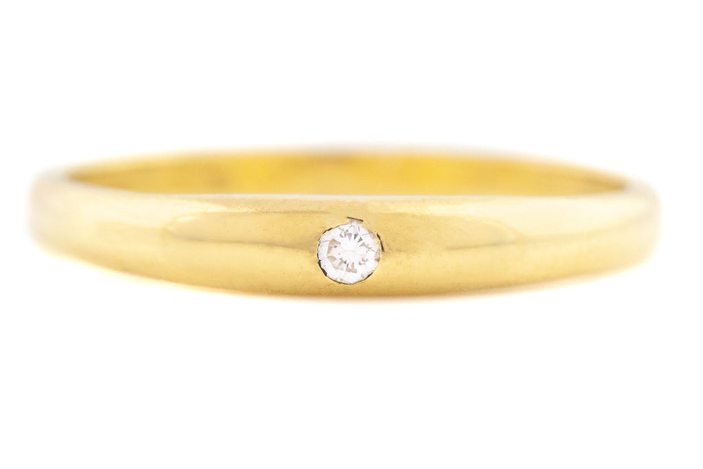 18ct Gold Wedding Ring with Single Diamond