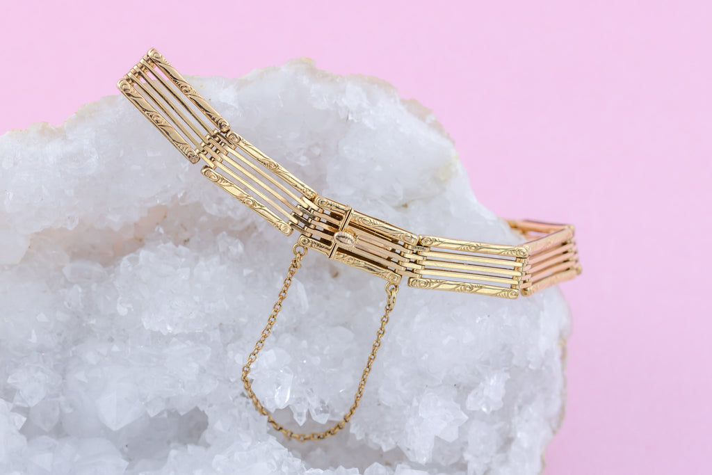Antique 9ct Rose Gold Gate Bracelet (10.9g)