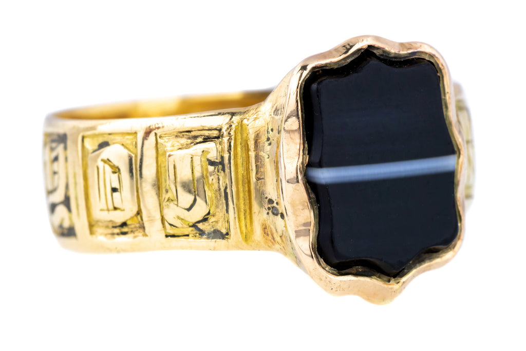 Georgian Banded Agate Mourning Ring in 18ct Gold