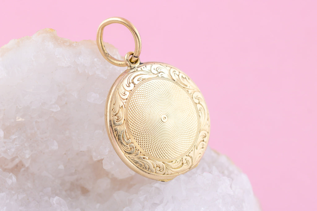 Solid 9ct Gold Victorian Locket - Inscribed within c.1850