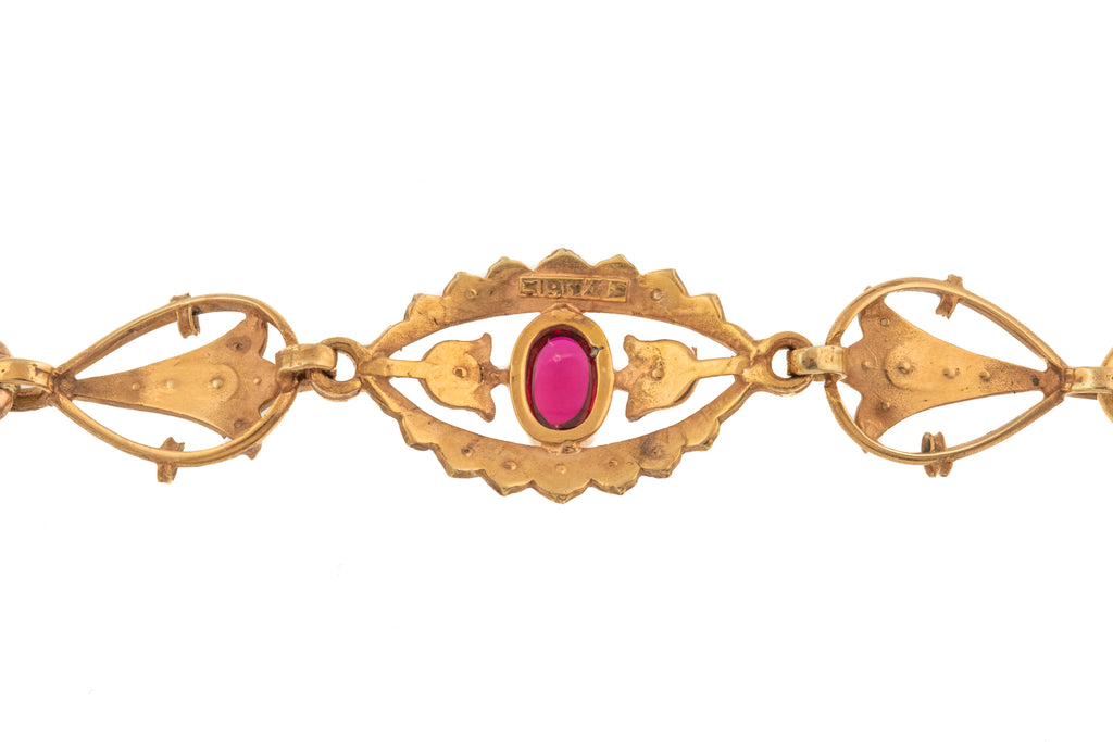 9ct Gold Garnet Curb Bracelet, 14.5g