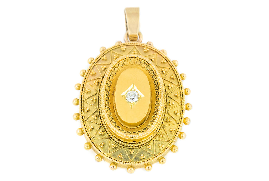Victorian 9ct Gold Cannettile Locket with Diamond (0.20ct)
