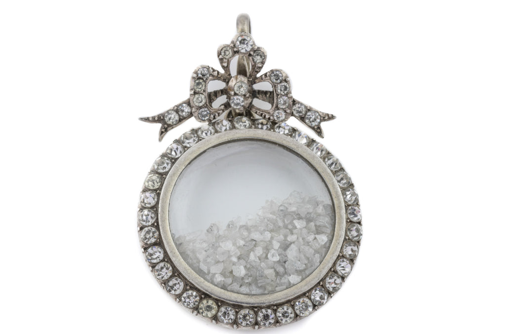 Antique Silver Paste Shaker Locket with Rough Diamonds
