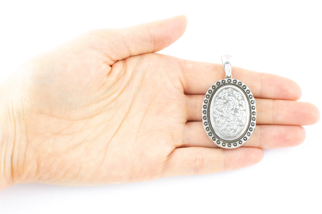 Oval Victorian Aesthetic Silver Engraved Locket