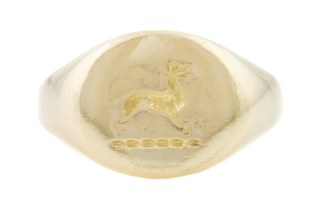 Victorian 18ct Gold Gents Seal Ring with Dog Intaglio (10.3g)