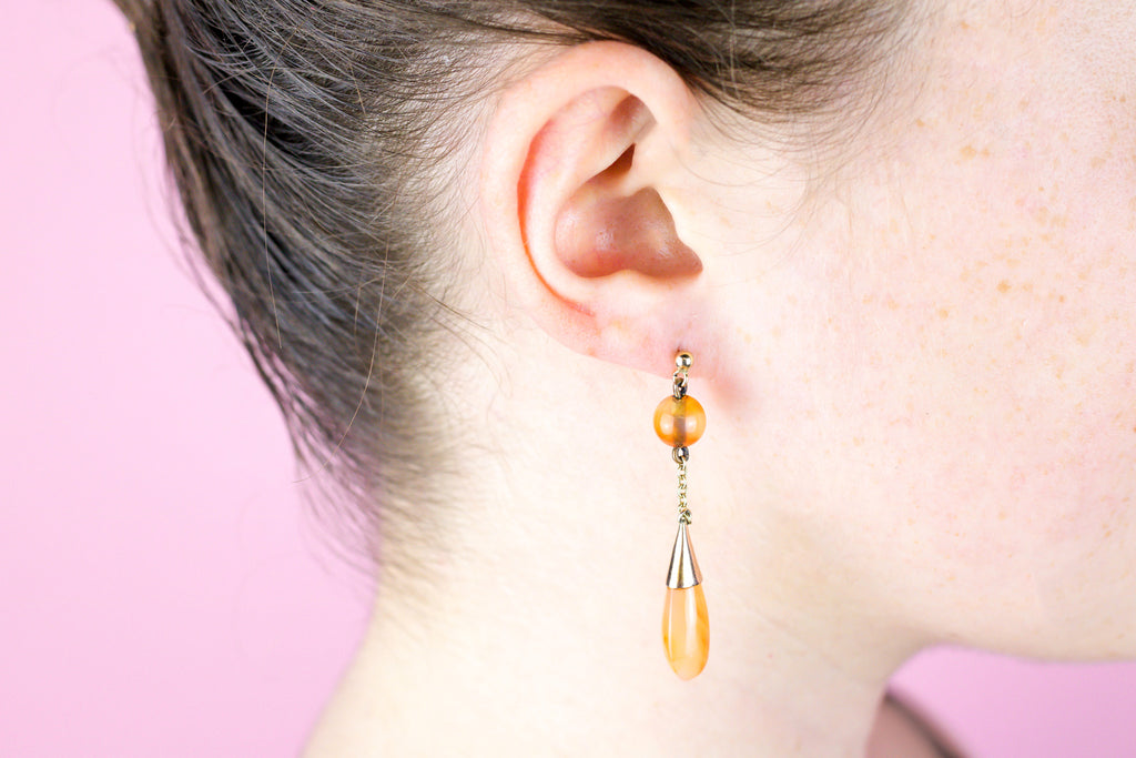 Vintage 9ct Gold Carnelian Drop Earrings