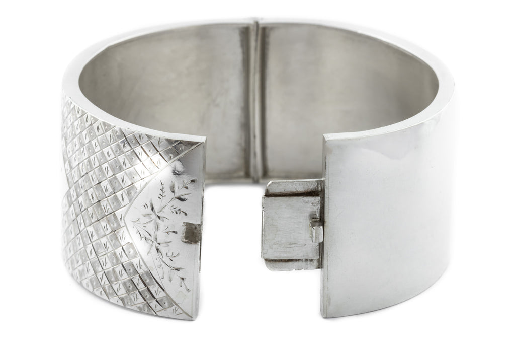 Victorian Aesthetic Wide Silver Bangle c.1883