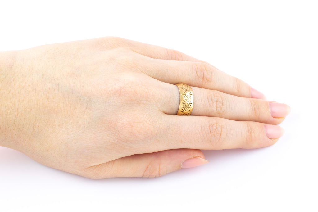 Victorian 18ct Gold Ring c.1893