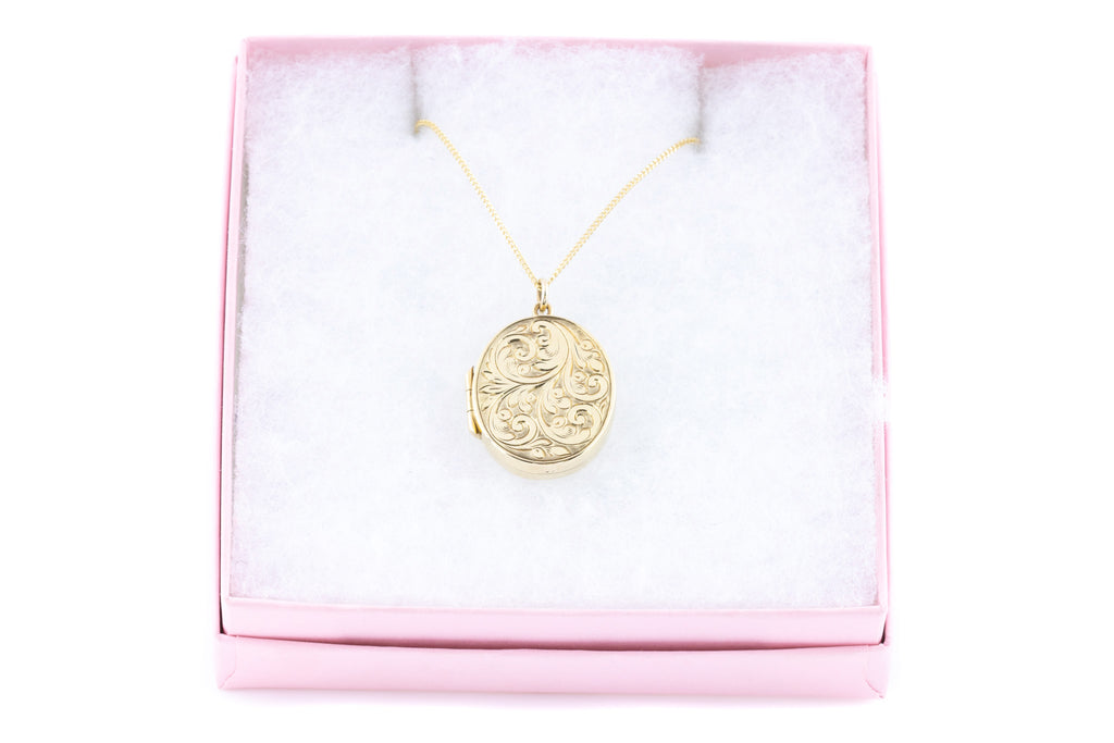 Vintage 9ct Gold Oval Locket with Chain
