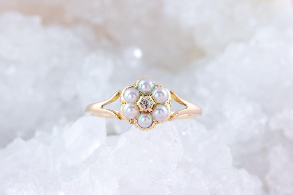 Lovely 15ct Gold Pearl Diamond Cluster Ring