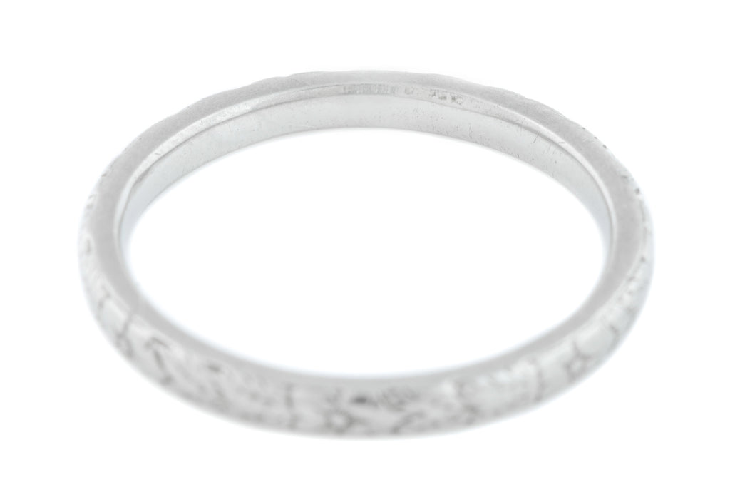 Platinum Art Deco Engraved Wedding Band Ring 2.9g