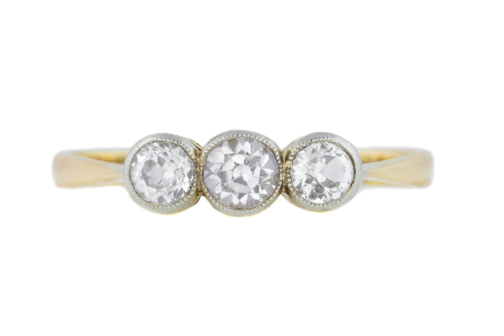 18ct Gold Three Stone Diamond Trilogy Ring (0.40ct)