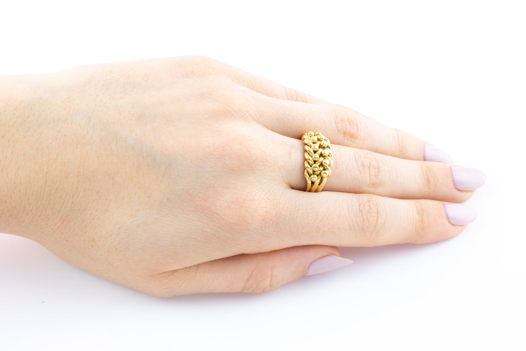 Victorian 18ct Gold Keeper Ring c.1898