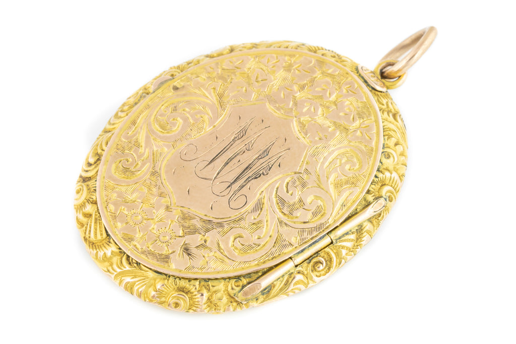 Gorgeous Antique 9ct Solid Gold Oval Locket