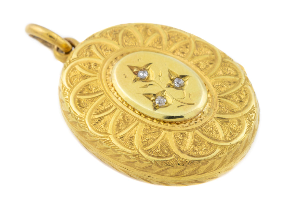 Victorian 18ct Gold Oval Diamond Locket