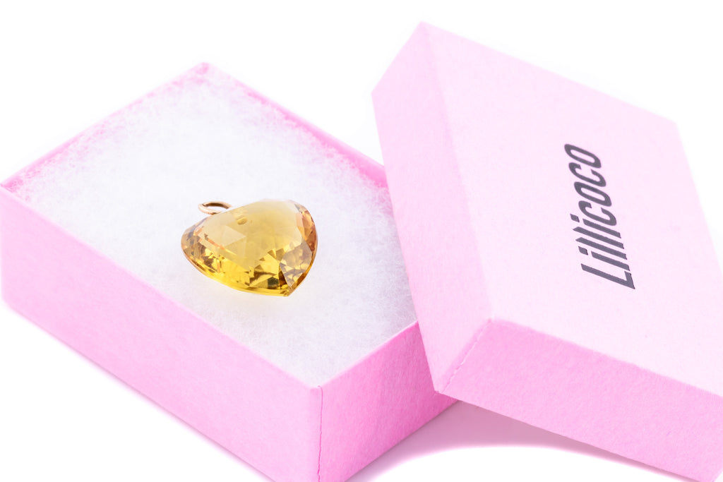 9ct Gold Antique Citrine Heart Pendant (17.06ct)