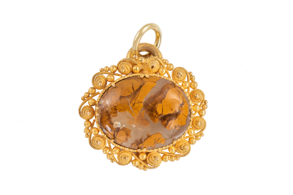 Georgian 15ct Gold Cannetille Agate Pendant