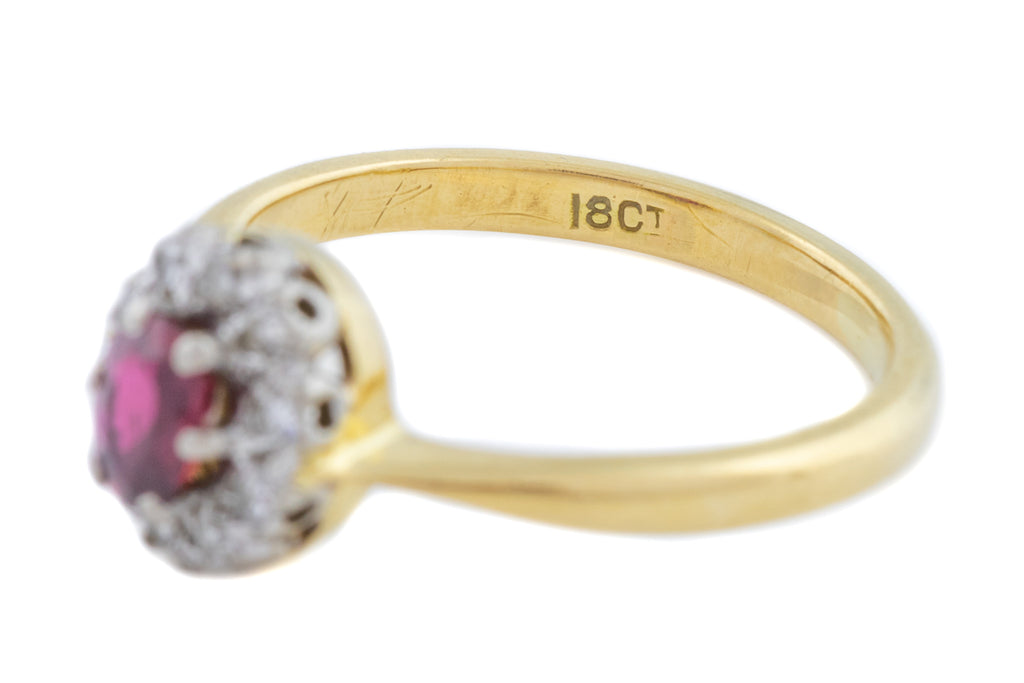 Art Deco 18ct Gold Ruby and Diamond Cluster Ring c.1930