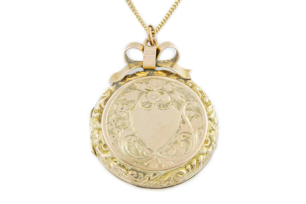 "Edwardian 9ct Gold Locket, 16"" Gold Chain"