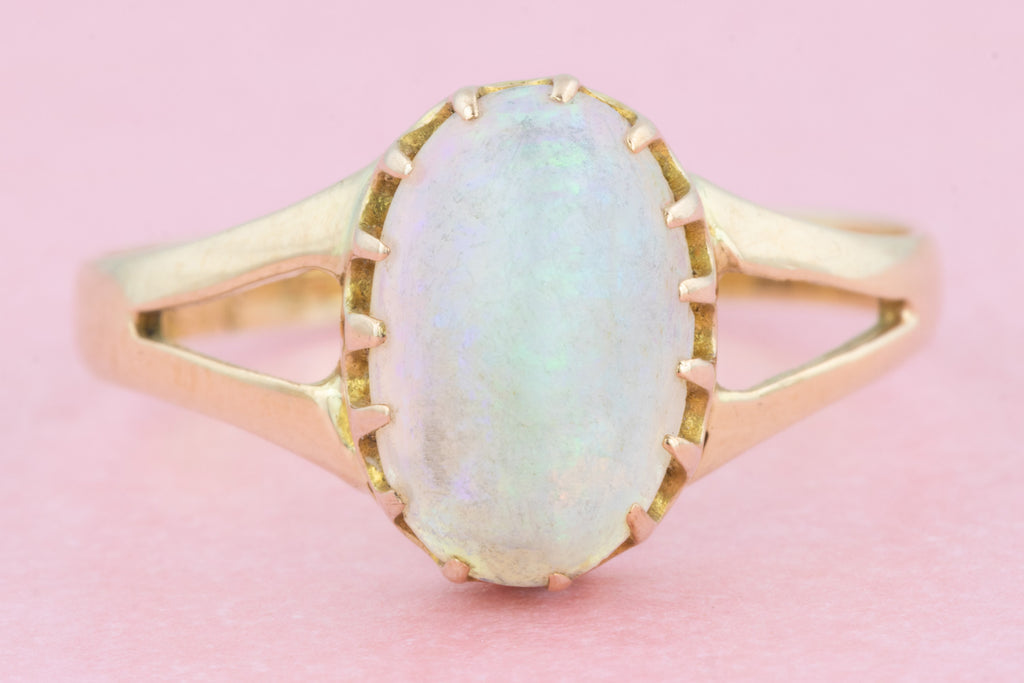 Antique 15ct Gold Opal Solitaire Ring (1.23ct)