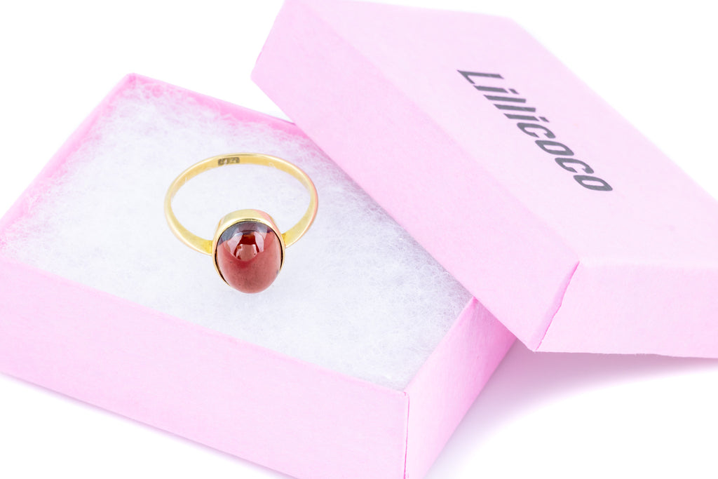 18ct Gold Victorian Garnet Solitaire Ring, 6.15ct