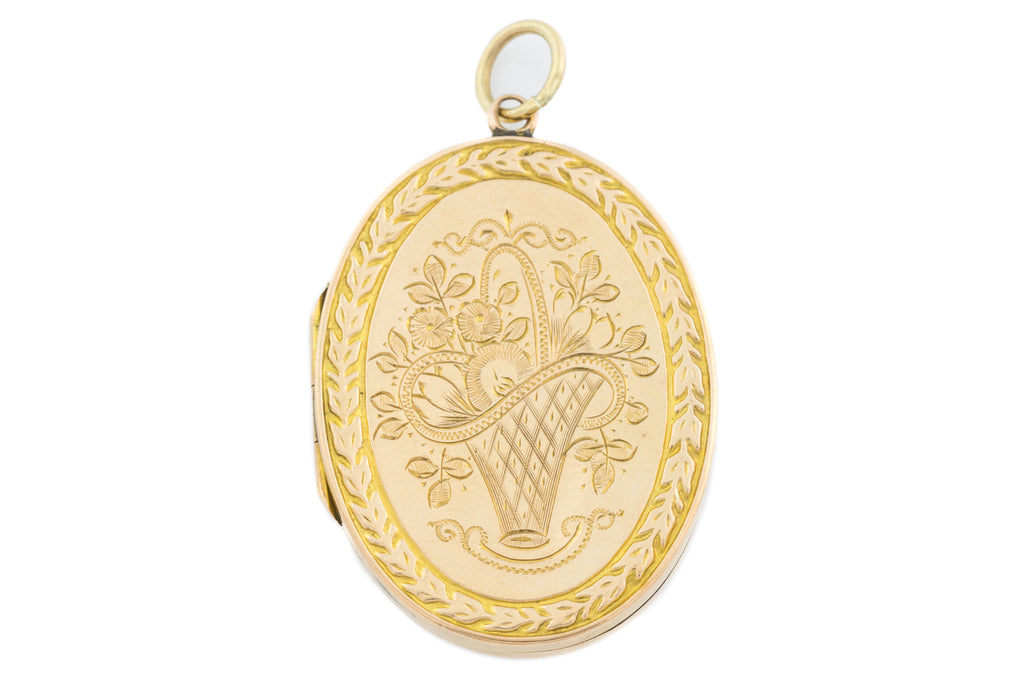 9ct Gold Edwardian Engraved Oval Locket