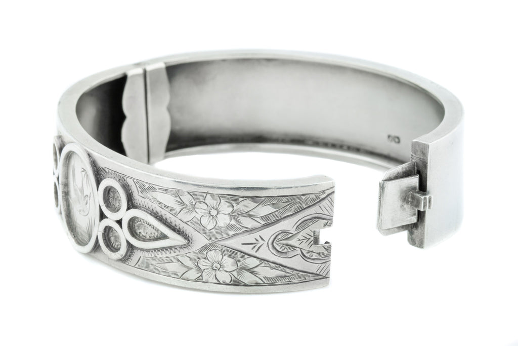 Victorian Aesthetic Silver Bangle c.1883