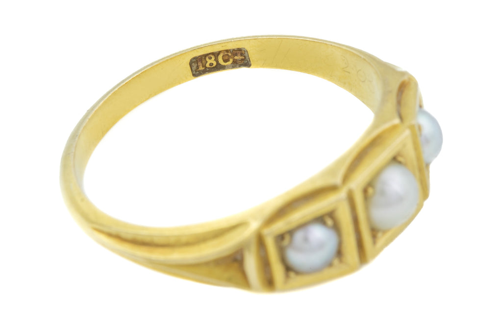 Antique 18ct Gold Pearl Trilogy Ring