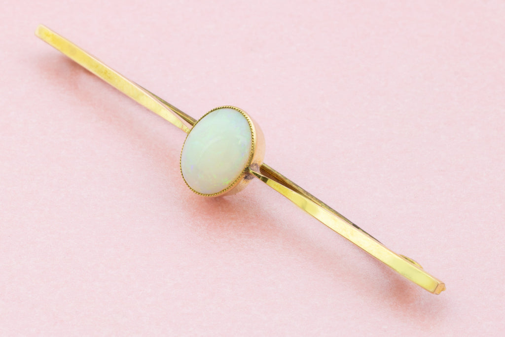Antique 9ct Gold Opal Bar Brooch (1.21ct)