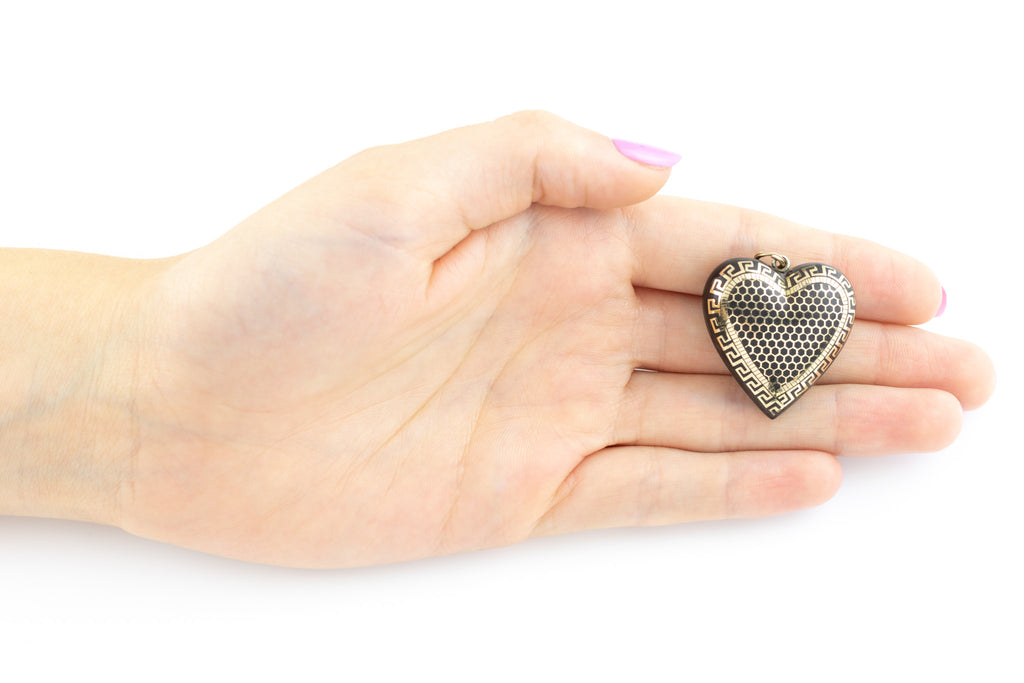 Antique Heart Pique Pendant with Small Split Ring