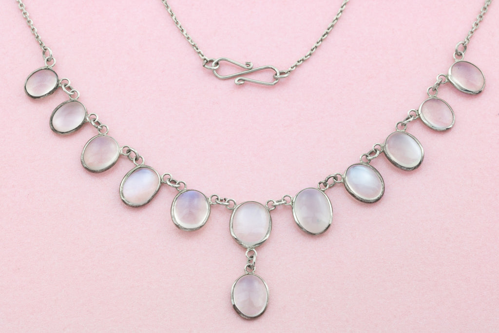 Silver Antique Moonstone Festoon Necklace (13ct)