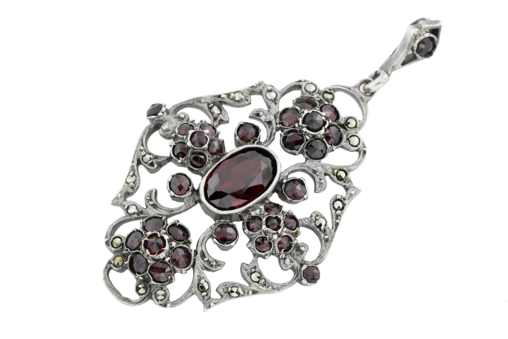 Silver Antique Garnet Pendant
