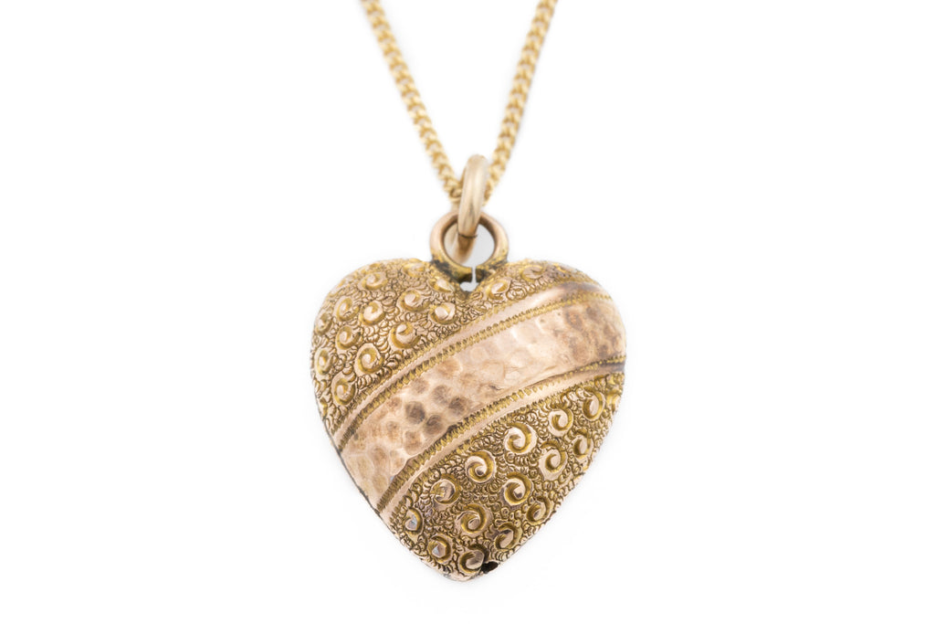 "9ct Gold Fancy Victorian Heart Pendant with 16"" Gold Chain"